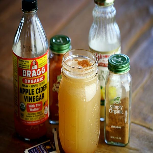 Use of apple cider vinegar and lemon tea